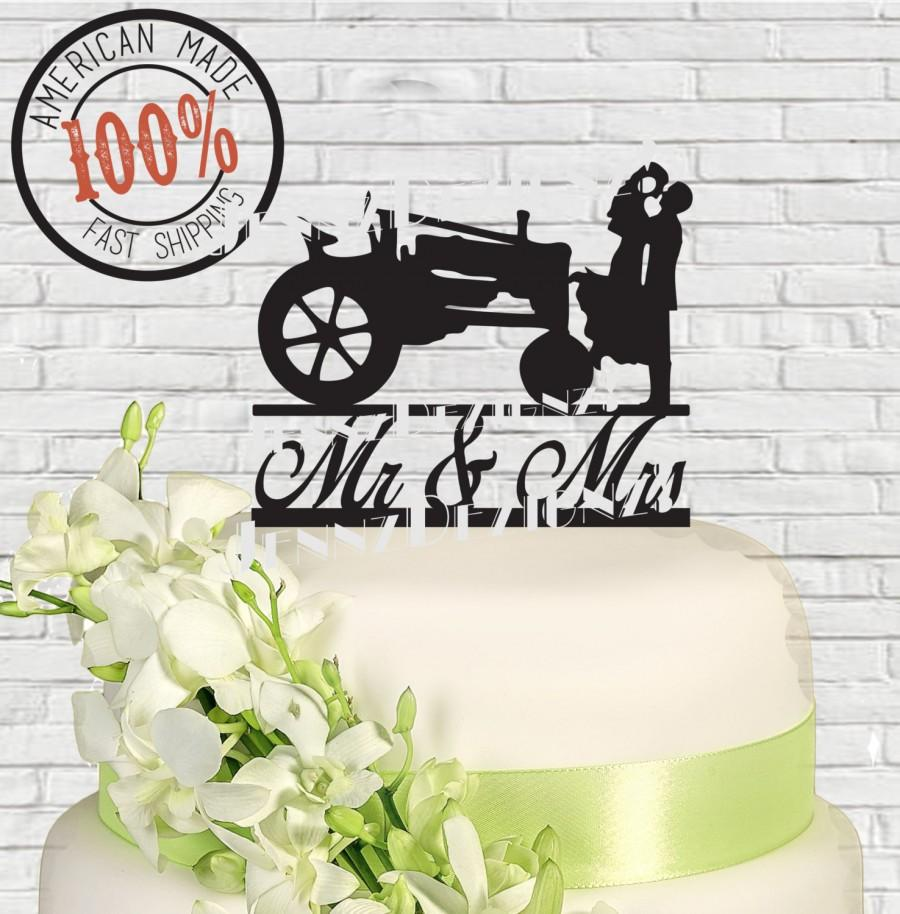 Mariage - Mr and Mrs Silhouette Couple with Tractor  Made in USA