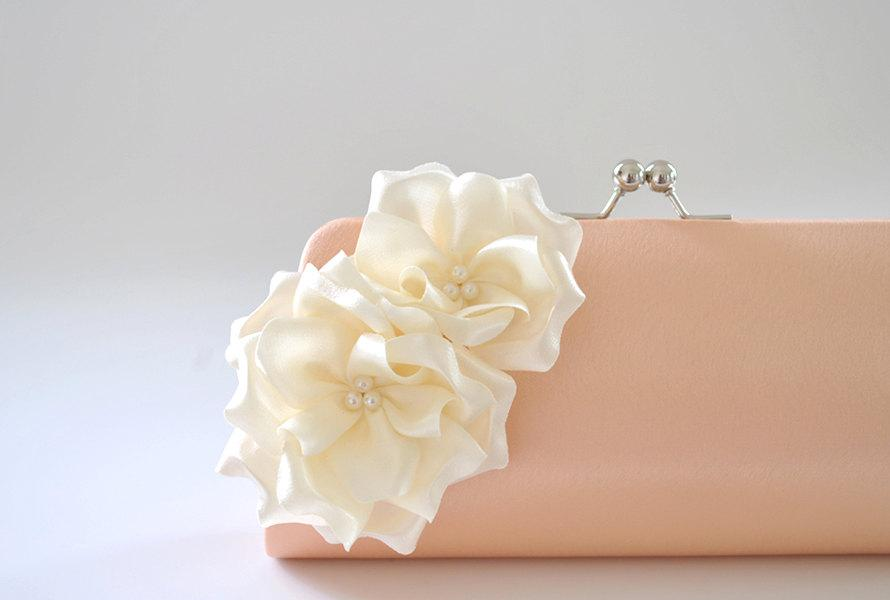 Hochzeit - Peach - Ivory - Bridal Clutch / Bridesmaid Clutch - Custom color