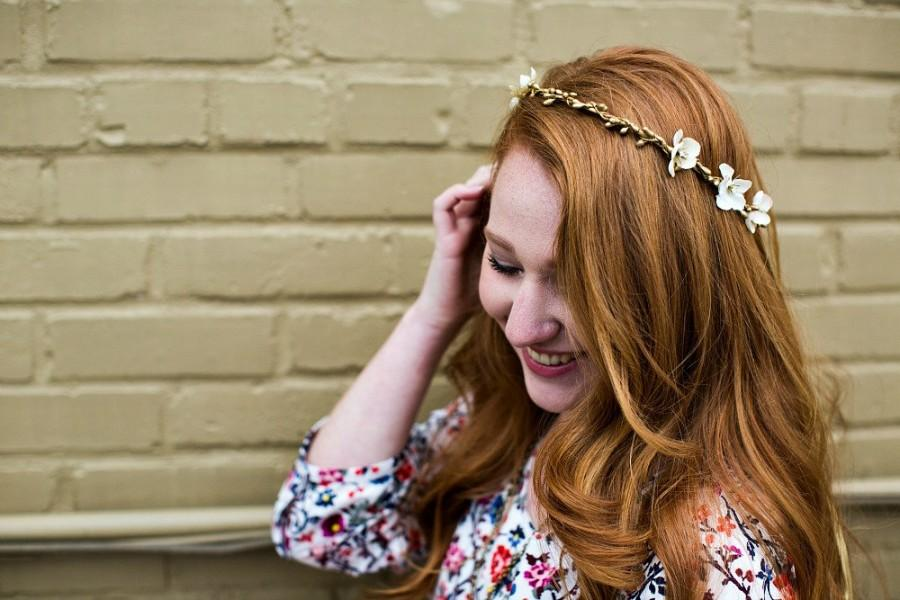 Mariage - Gold and Ivory Floral Halo. Bohemian. Bridal Headpiece, Flower Crown, Wedding, fall, autumn, bridal hair accessories, Woodland
