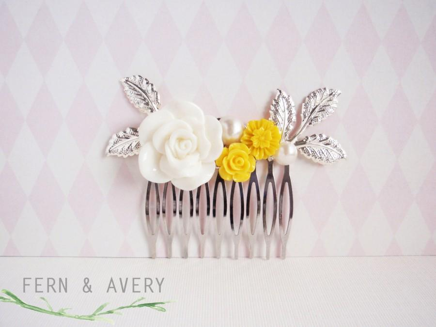Mariage - Yellow white silver gold hair comb. Yellow hair clip. Flower bridal hair clip. Elegant dainty