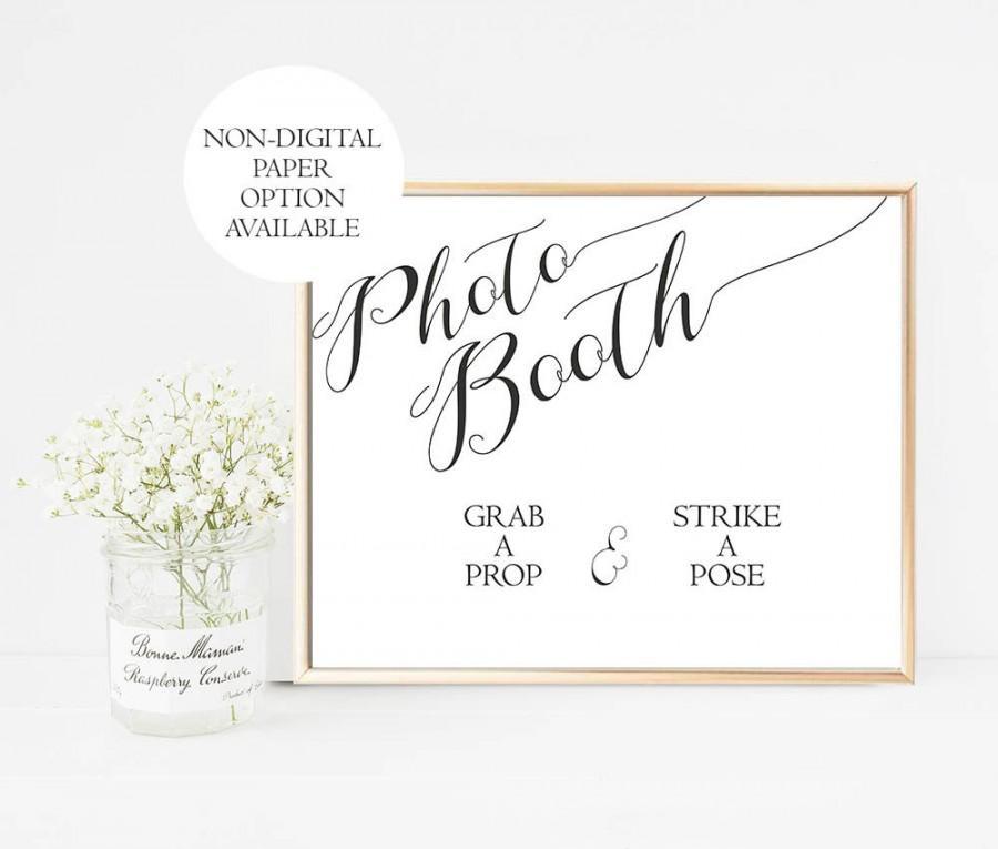 Свадьба - Printable Wedding Photo Booth Sign, Photobooth Sign, grab a prop strike a pose sign, Wedding Photo Booth Prop, Photobooth Prop, Digital