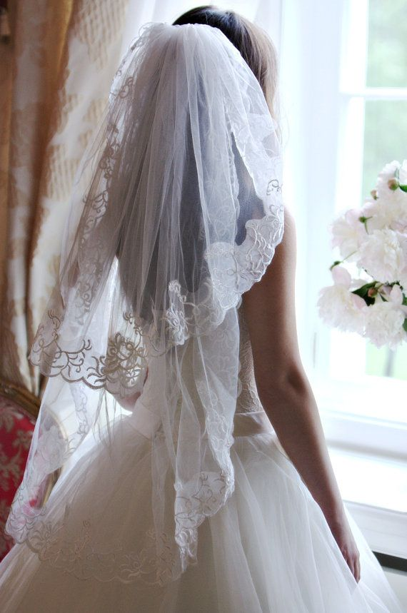 Lace Veil Short Two Tier Fingertip Bridal Ivory Wedding White Edge
