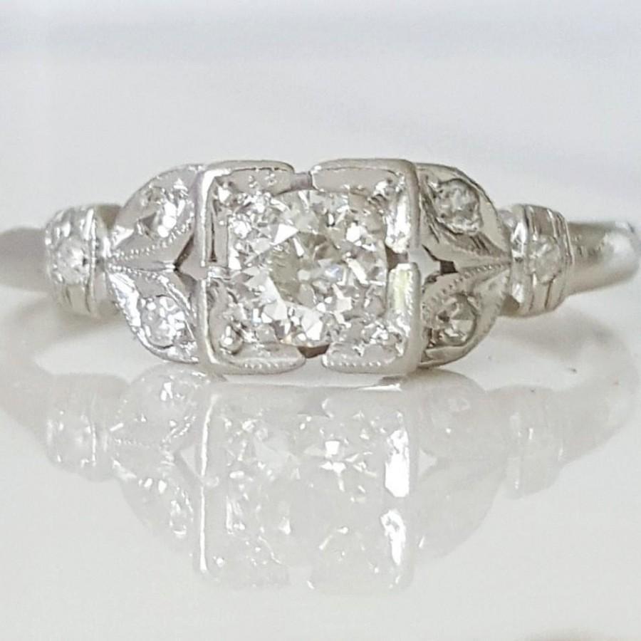 Mariage - Antique 1930's Art Deco diamond and platinum engagement ring
