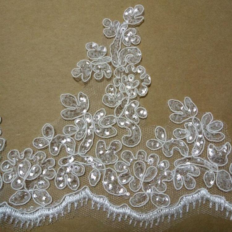 Свадьба - Ivory Bridal Lace trim, Alencon Lace Trim with Silver Paillette, wedding lace, trim lace, scalloped lace trim