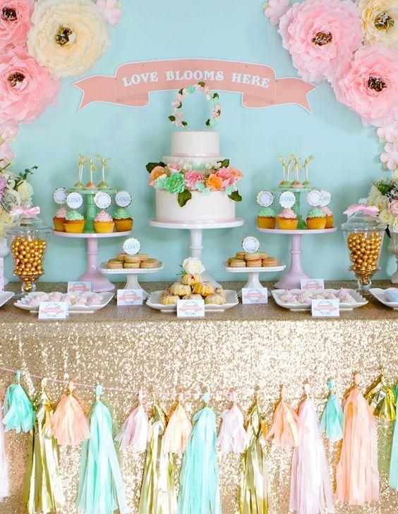 Mariage - 100 Amazing Wedding Dessert Tables & Displays