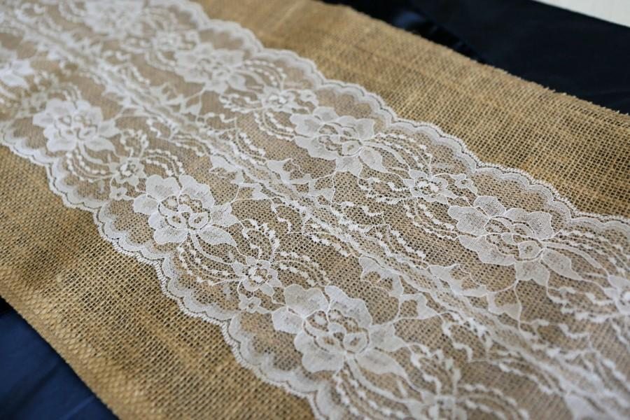 Свадьба - Burlap & Lace Table Runner with a Variety of Lace Color Options. Great for Weddings and Other Special Events. Rustic and Chic.