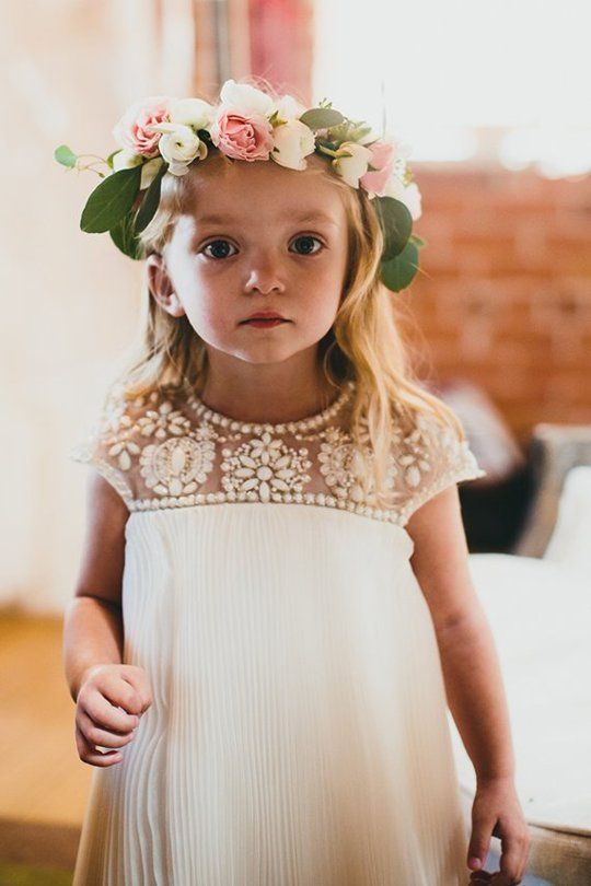 Mariage - Flower Girl & Ring Bearer Outfit Ideas