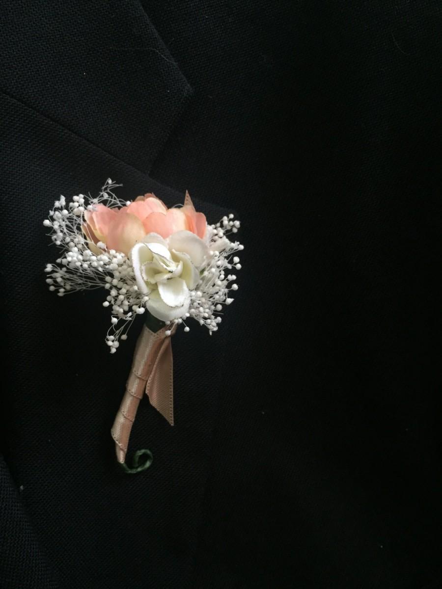 Wedding - Men's Boutonniere - Lapel Pin - Baby's Breath and Roses - Rustic - Satin - Groomsmen - Wedding - Handmade