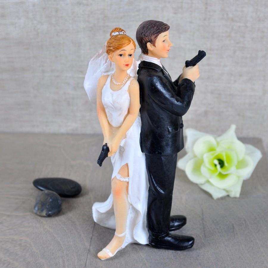 Mariage - Funny Wedding Cake Topper, 007 Agent, Awesome Bride Decoration For Special Creative Interesting Ceremony Personalize Customize Hair Color