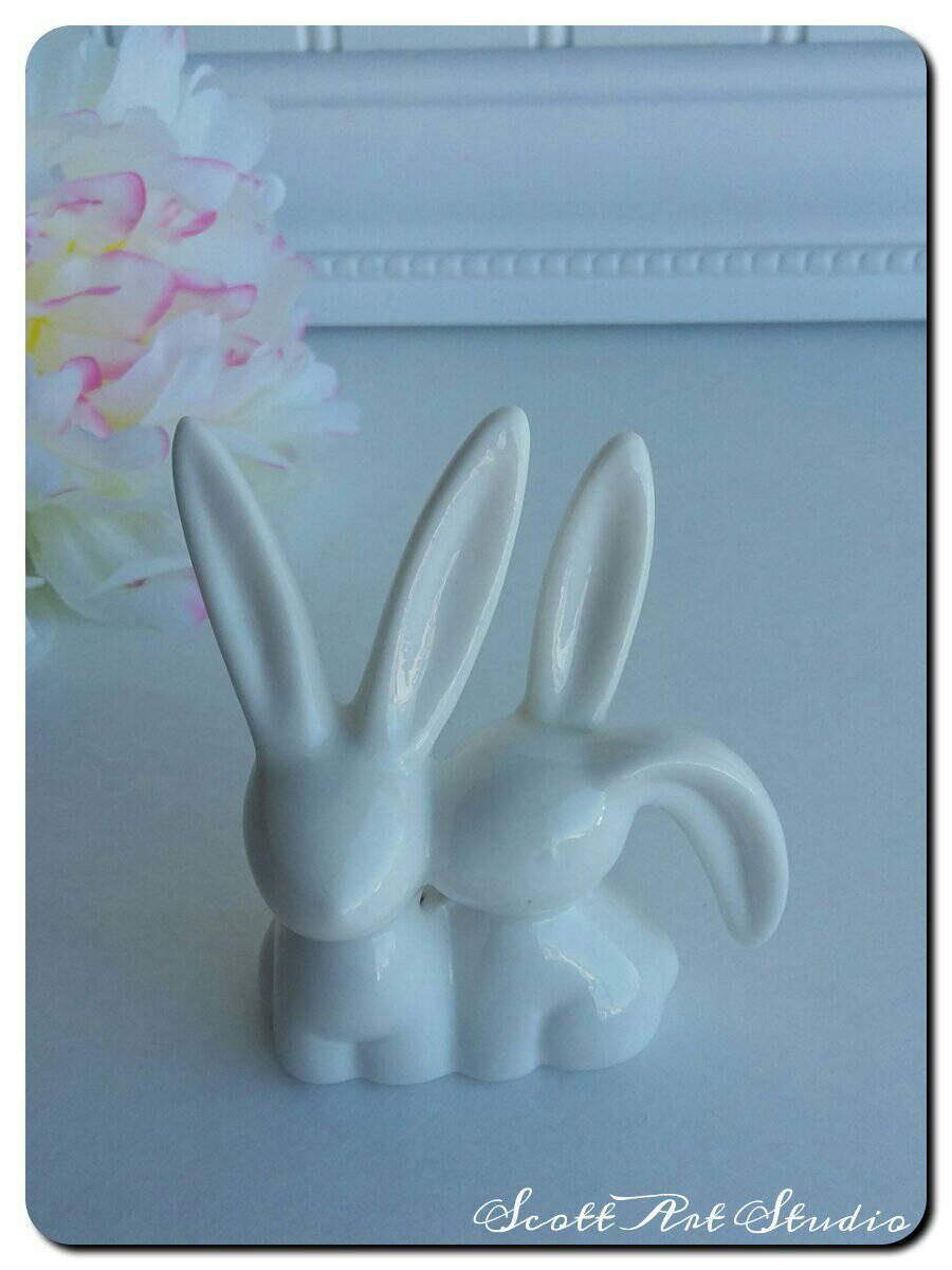 Свадьба - Bunny Cake Topper, White, Ring Holder, small cute porcelain bunnies
