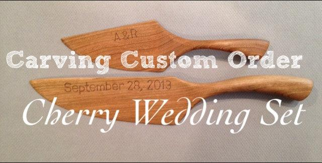 Свадьба - Engraved or Carved Wedding date and initials on rustic wedding cake knife and server set (Does NOT INCLUDE Knife and Server)