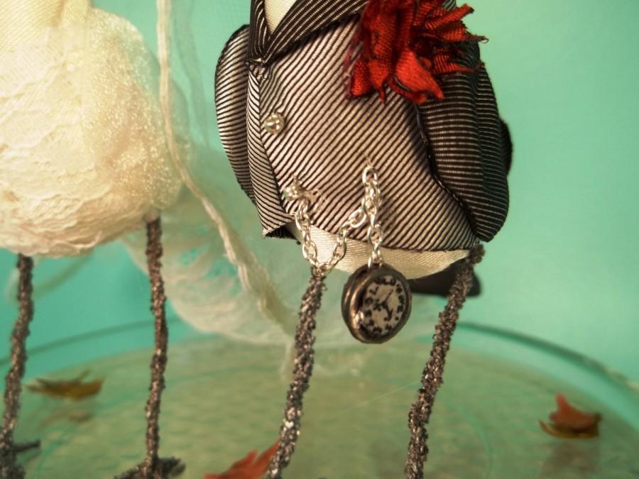 Hochzeit - Wedding Cake Topper Ferdi Birds -- custom miniature love birds