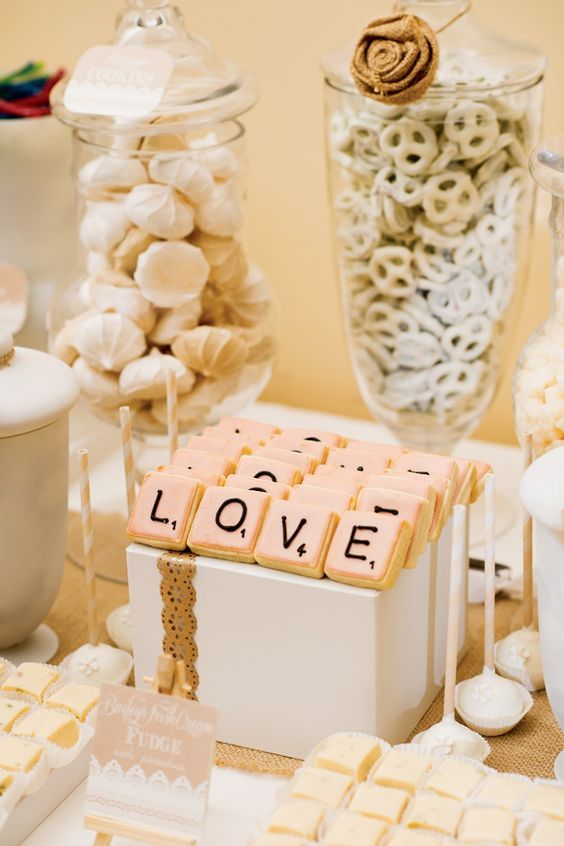 Mariage - 100 Amazing Wedding Dessert Tables & Displays