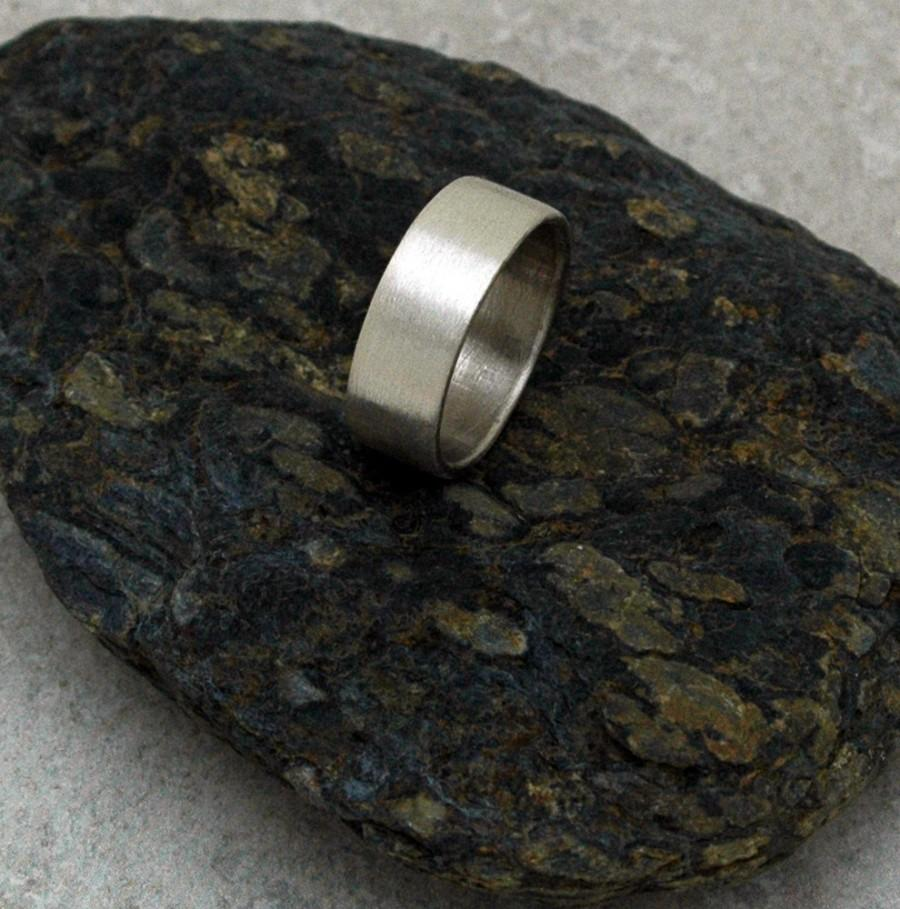 Свадьба - MEDIUM Brushed Matte Ring - A Band for Men or Women - Made to Order in Sustainable Silver