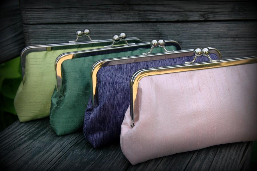 Mariage - Simply Sweet Kisslock- Bridesmaid Clutch & Bridal Clutch (Choose your colors)