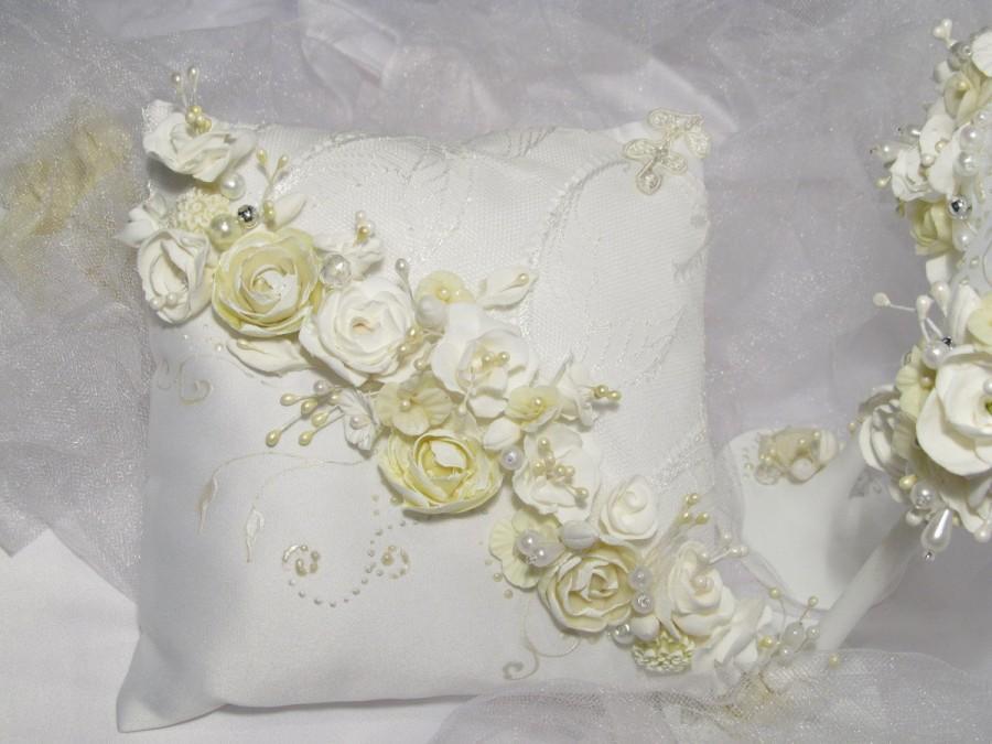Wedding - Spring Wedding Pillow -  Ring pillow bearer -Lace ring pillow - Ring pillow