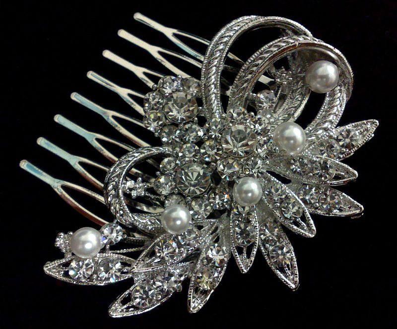 Свадьба - Bridal Hair Comb, Flower Headpiece, Silver or Gold, Swarovski Crystal Pearl Hair Jewelry, SORAYA