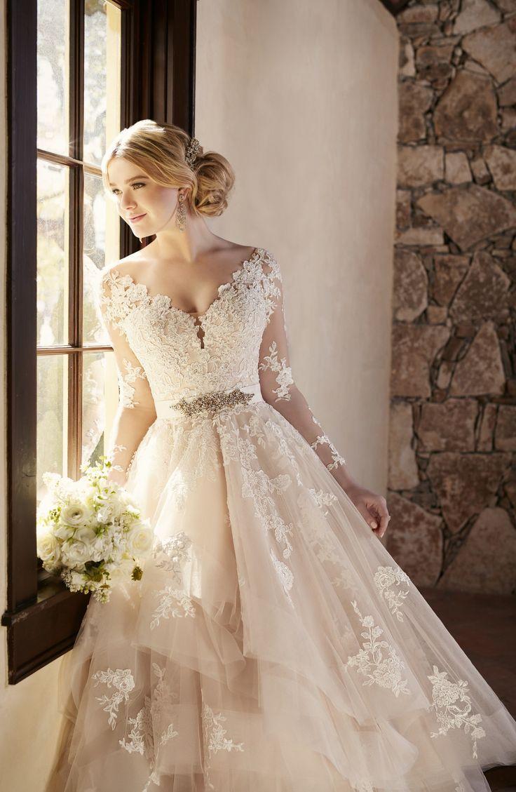 Свадьба - One Moment Please...