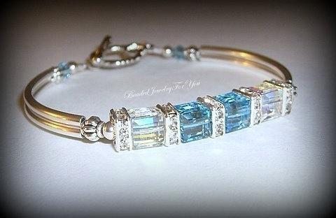 Mariage - Bridsnaid Bracelet: Wedding Jewelry, Wedding Bracelet, Bridesmaid Jewelry, Something Blue, March Birthstone Jewelry, Bridal Party Gift