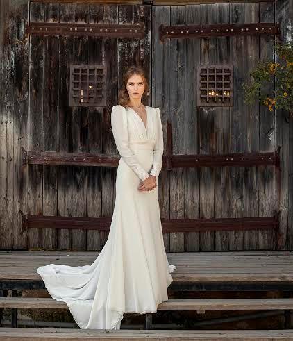 long sleeve wedding dress classic chiffon wedding dress long wedding