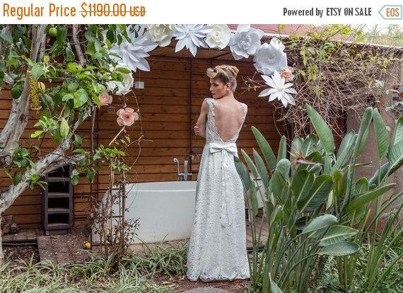 زفاف - Christmas in July Sale low back wedding dress, low back Lace and pearls wedding dress,  low back boho wedding dress, A line wedding dress, b