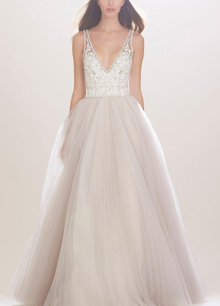 Свадьба - Carolina Herrera 'Mercedes' V-Neck Lace & Tulle Gown (In Stores Only)