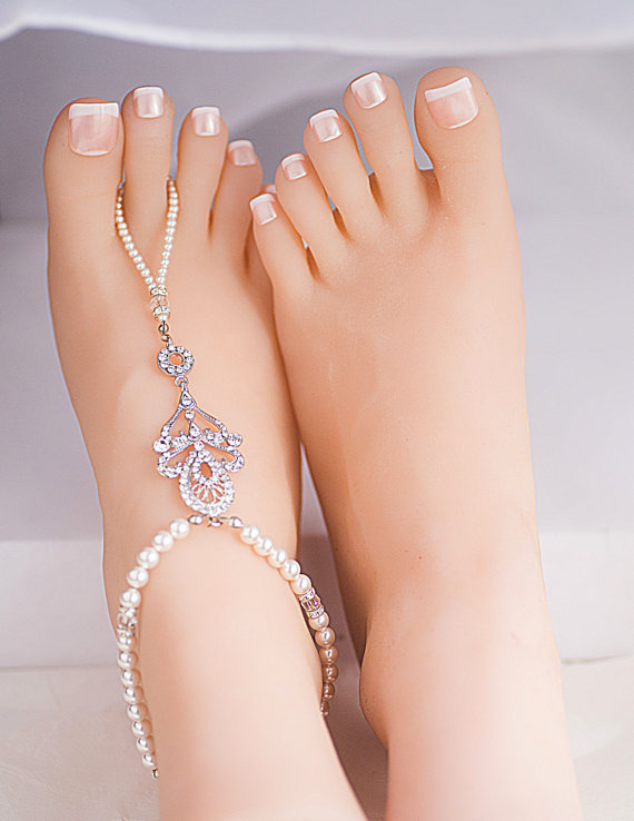 Hochzeit - Wedding Barefoot Sandals ,Swarovski Crystals Pearls,Silver Spacer, Sandals Wedding Gift for Bride Foot Jewelry Bridal Anklet Foot Chain