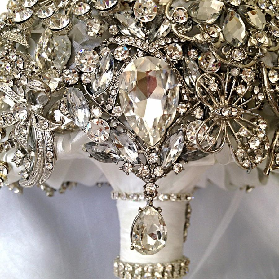 Mariage - Full Crystal Brooch Bouquet. Deposit on made to order Diamond Jeweled Crystal Bling Broach Bouquet