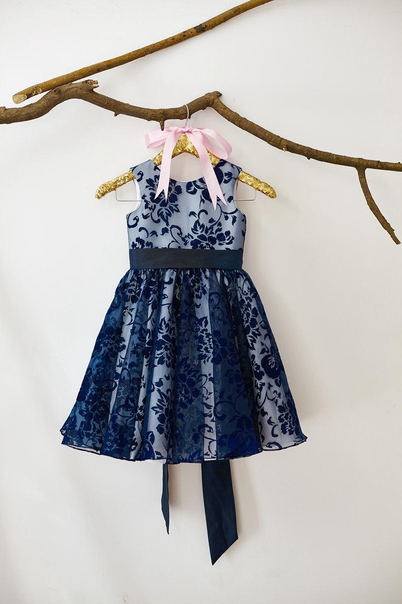 Hochzeit - Navy Blue Flower Girl Dress M001