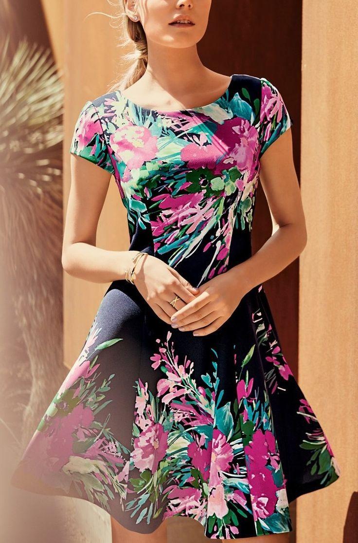 Свадьба - Eliza J Floral Print Scuba Fit & Flare Dress (Regular & Petite)