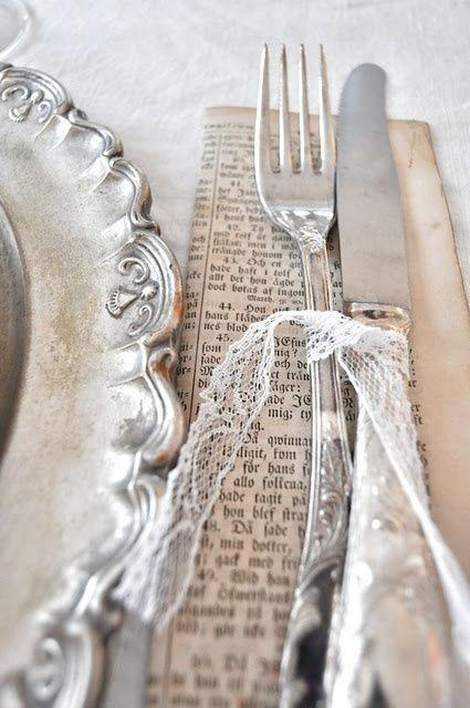 Свадьба - Vintage Inspired Silver And Lace Table Setting