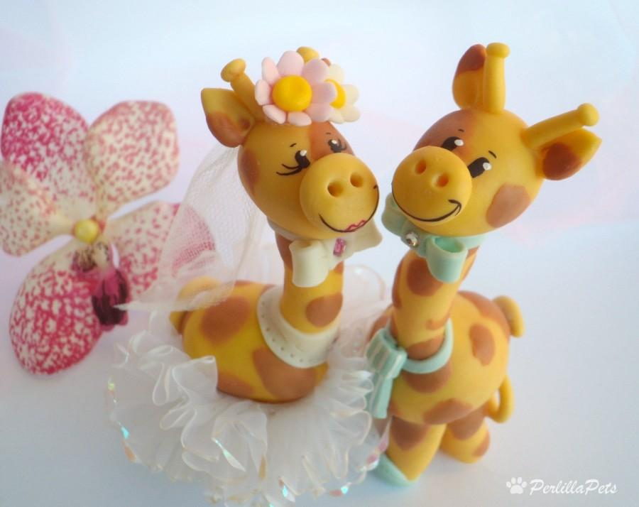 Mariage - Giraffe cute cake topper for a wedding cake with personalized banner