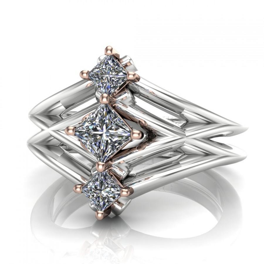 Princess Cut Diamond Engagement Ring, Geometric 3stone