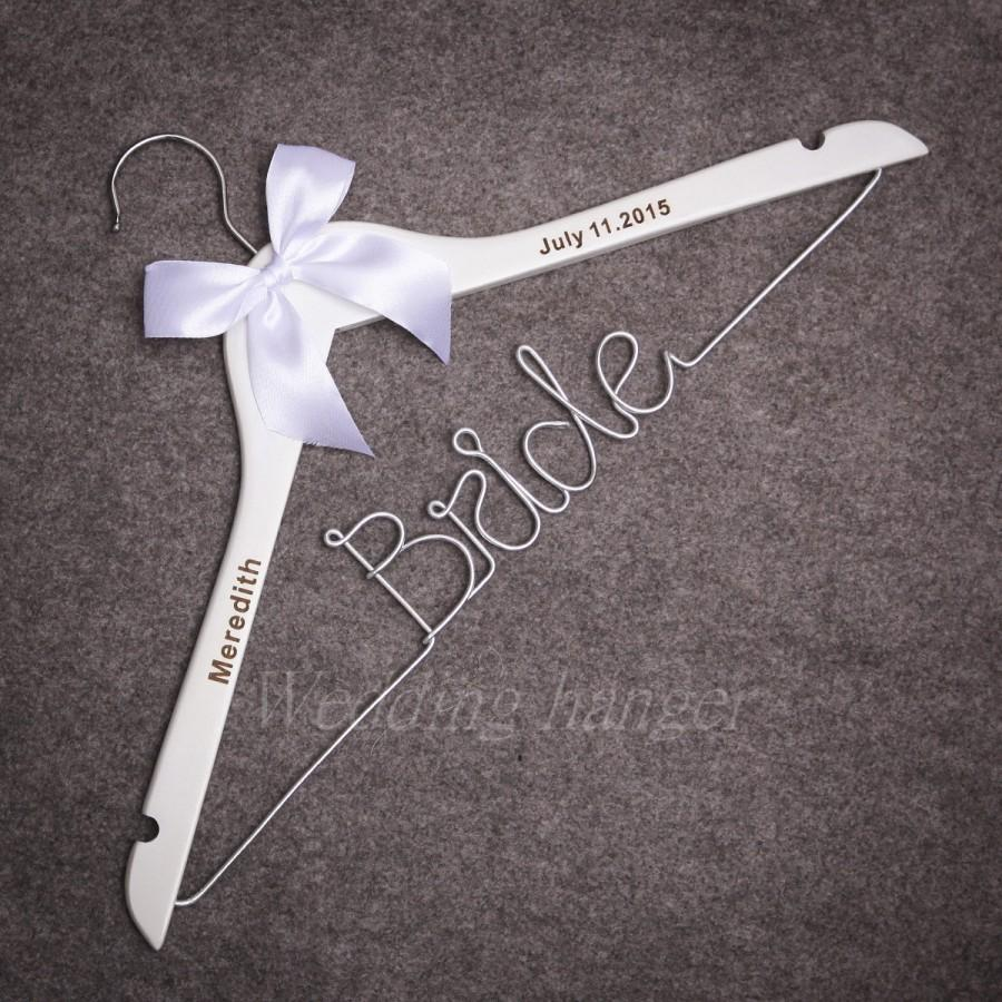 Свадьба - Wedding Hangers, Dress Hanger, Custom Wedding Date, Heart, Festivals Party Gifts, Women ,Mothers,Grandmother Wedding Gifts,Bow colour, gift