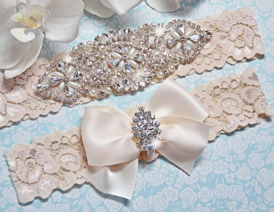 Свадьба - Petite / Plus Size Garter Belt, wedding garter set, bridal garter, bridal  lingerie, ivory garter, ivory wedding garter, garter, prom