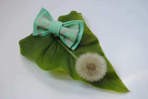 Свадьба - Lightyg Bow tie Men's bow tie Bow ties for men Well to coordinate with Bridesmaid Dresses in Dark green Peacock Jade Turquiose Mint green