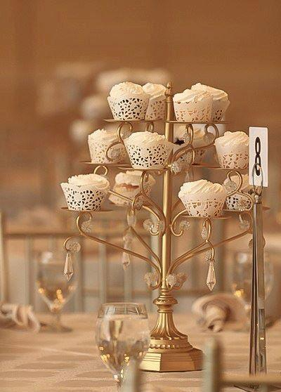 Hochzeit - GOLD CUPCAKE CANDELABRA Centerpiece Stand Crystal Gold Distressed Cake Dessert Vintage Styler Wedding Tea Shabby Chic Rustic Gatsby Parisian