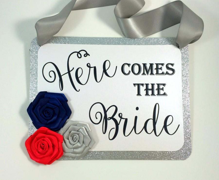 Mariage - Here comes the bride signs. Rosette here comes the bride. Colorful Ring Bearer signs, Flower girl signs