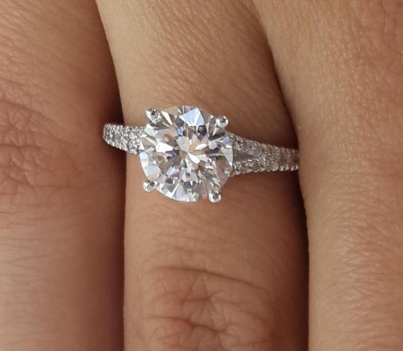 Свадьба - 2.5 CT Round Cut D/VS2 Diamond Engagement Ring 18k White Gold  Clarity Enhanced