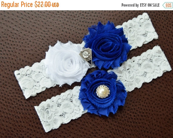 Свадьба - Indianapolis Colts Wedding Garter Set, Indianapolis Colts Bridal Garter Set, Colts Garter, White Lace Wedding Garter, Football Garter