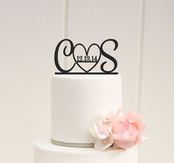 Hochzeit - Initials And Heart Wedding Cake Topper With Wedding Date