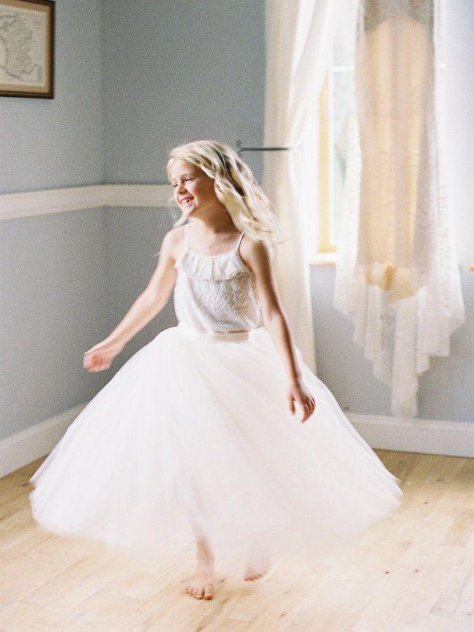 Hochzeit - How A Pop Of Red Transformed This Entire Wedding