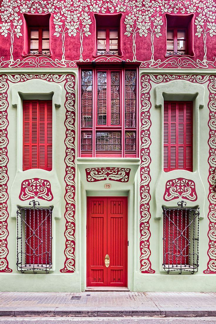 زفاف - David Cardelus Rediscovers Art Nouveau Architecture In Barcelona