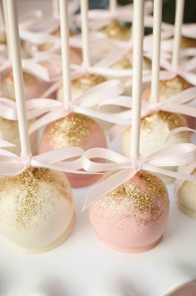 Свадьба - Sparkle On With Edible Glitter For Your Wedding Reception
