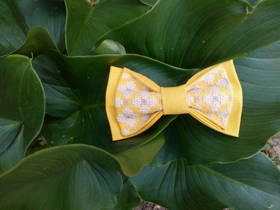 Wedding - Bow tie Embroidered yellow morning grey bowtie Lilac gray tie Wedding outfit Jaune matin gris noeud papillon gelb Morgen grau fliege Gieler