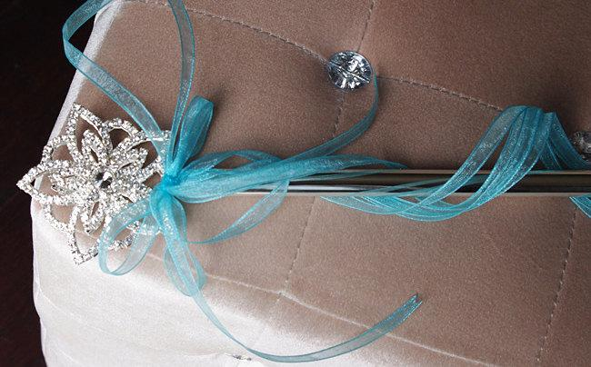 Свадьба - Brooch Rhinestone Sparkly Magic Princess Wand - Brooch Flower Girl Wand - Your Choice of Accent Color