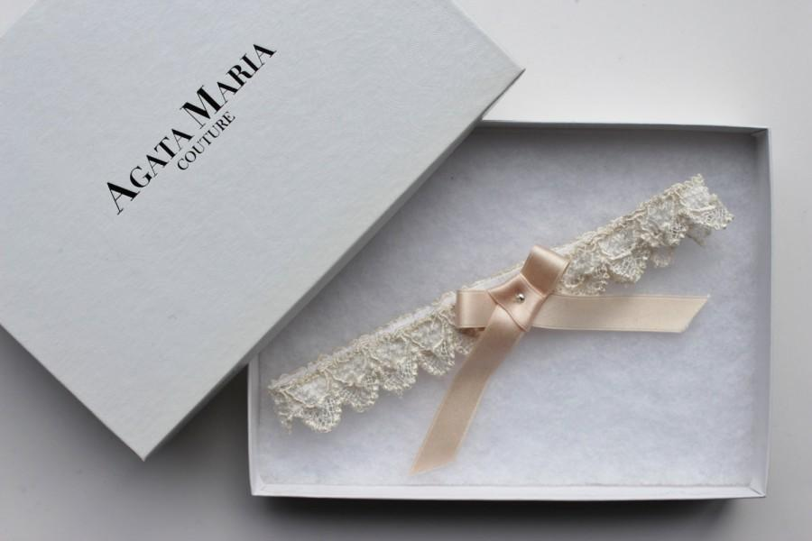Wedding - SALE ! - Lace and Light Peach Silk Wedding Garter, Lace and Silk Bridal Garter, Toss Garter Gift Set, Bridal Lingerie, Designer Lingerie