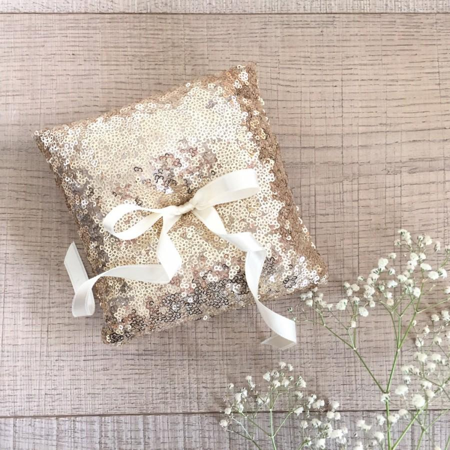 Свадьба - Champagne gold sequin ring pillow, ring bearer pillow,  wedding ring pillow,  gold ring pillow,  romantic ring pillow, sparkly ring pillow