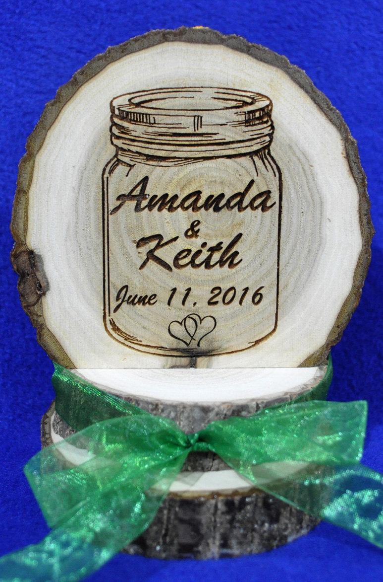 Hochzeit - Rustic Wedding ~ Barn Wedding ~ Rustic Cake Top ~ Mason Jar Decoration ~ Wood Cake Top ~  Engraved Wood Cake Top ~ Custom Cake Top ~ Rustic