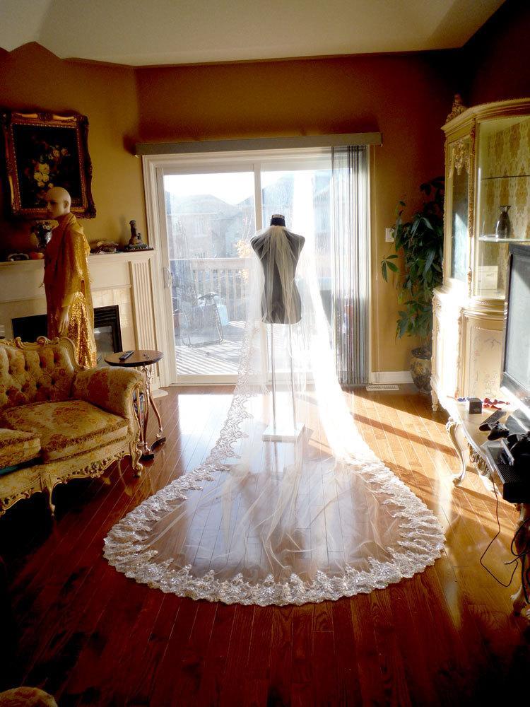Свадьба - Bridal veil, wedding veil, ivory wedding veil, white lace veil, long veil